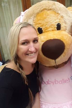 clarei oconnor babyballet dance selfie day
